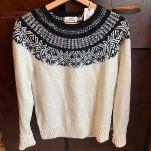 NWT Vineyard Vines Black and White Sweater SMALL